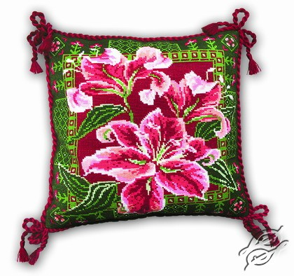 Cushion with Lilies by RIOLIS - 656