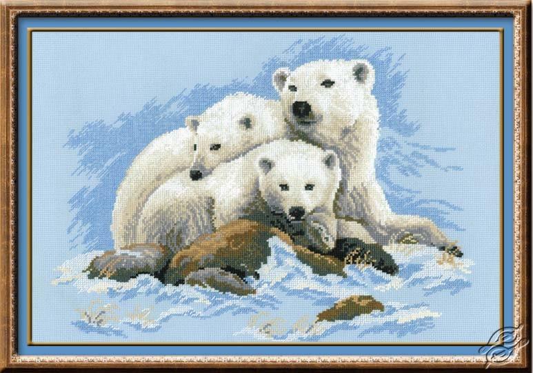 Polar Bears by RIOLIS - 1033