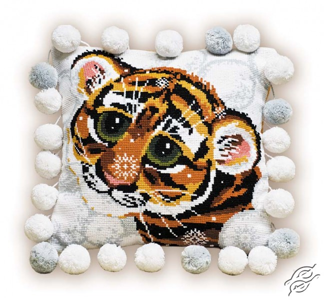 Cushion With Tiger by RIOLIS - 1035