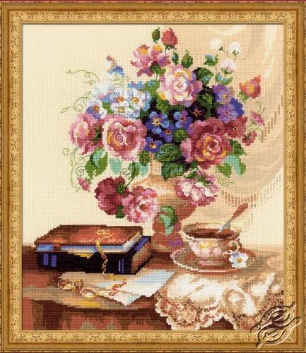 Flower Etude by RIOLIS - 1302