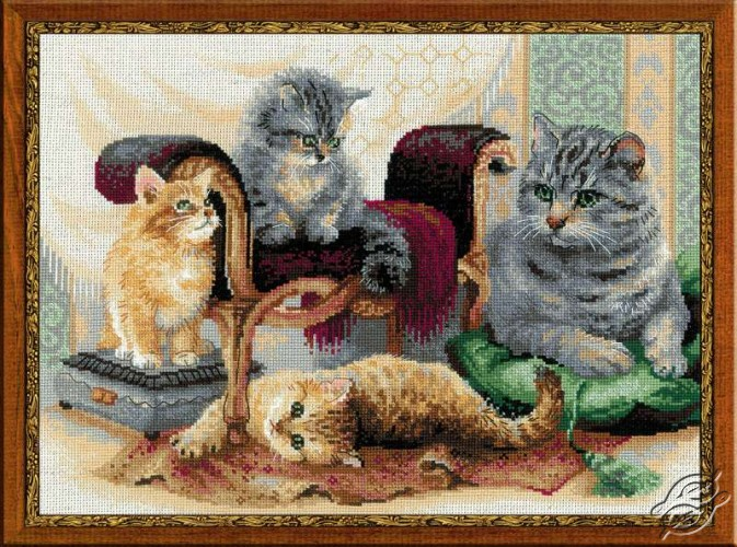 Feline Family by RIOLIS - 1327