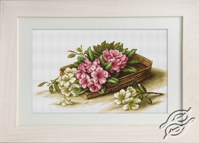 Basket With Flowers by Luca-S - B510