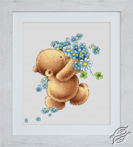 Bear with Forget-me-not Flowers by Luca-S - B1052