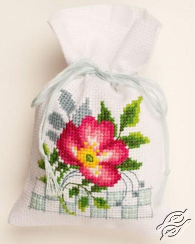 Pink Flowers III by Vervaco - PN-0146545