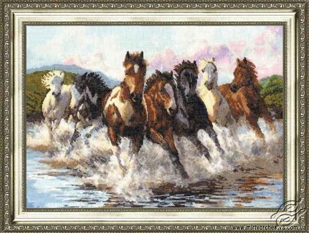 In The Dance Of Water Splashes by Golden Fleece - Z-017