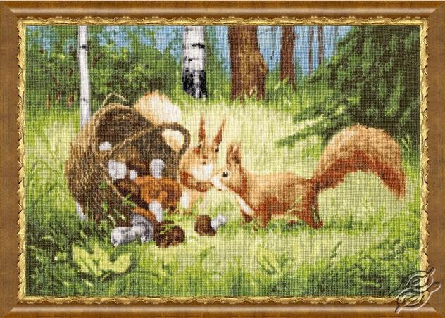 Squirrels by Golden Fleece - Z-035