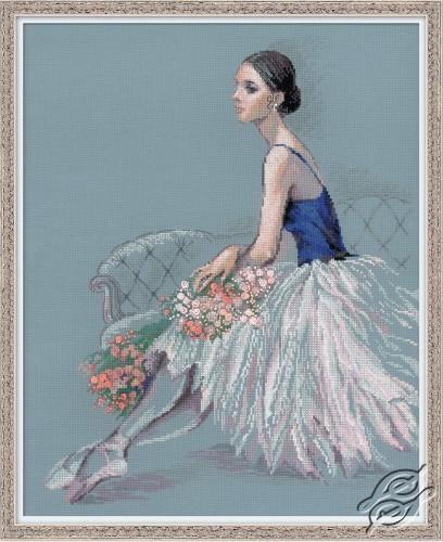 Ballet Dancer by RIOLIS - 100/054