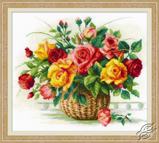 Basket With Roses by RIOLIS - 1722