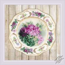 Plate with Chrysanthemums by RIOLIS - 0076-PT