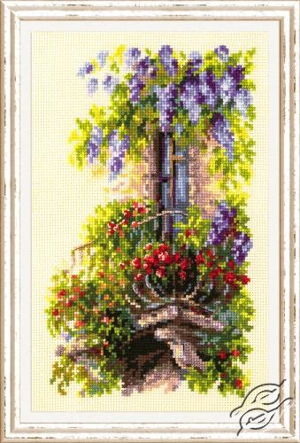 Blossoming Balcony by Magic Needle - 74-05