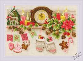 Christmas Shelf by RIOLIS - 1903