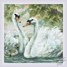 White Swans by RIOLIS - AM0036