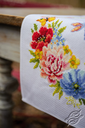 Colourful Flowers by Vervaco - PN-0183727