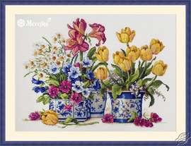 Spring Arrangement by Merejka - K-200