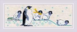 Penguins by RIOLIS - 1975