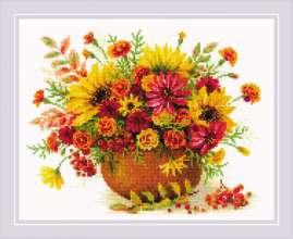 Autumn Flowers by RIOLIS - 1973